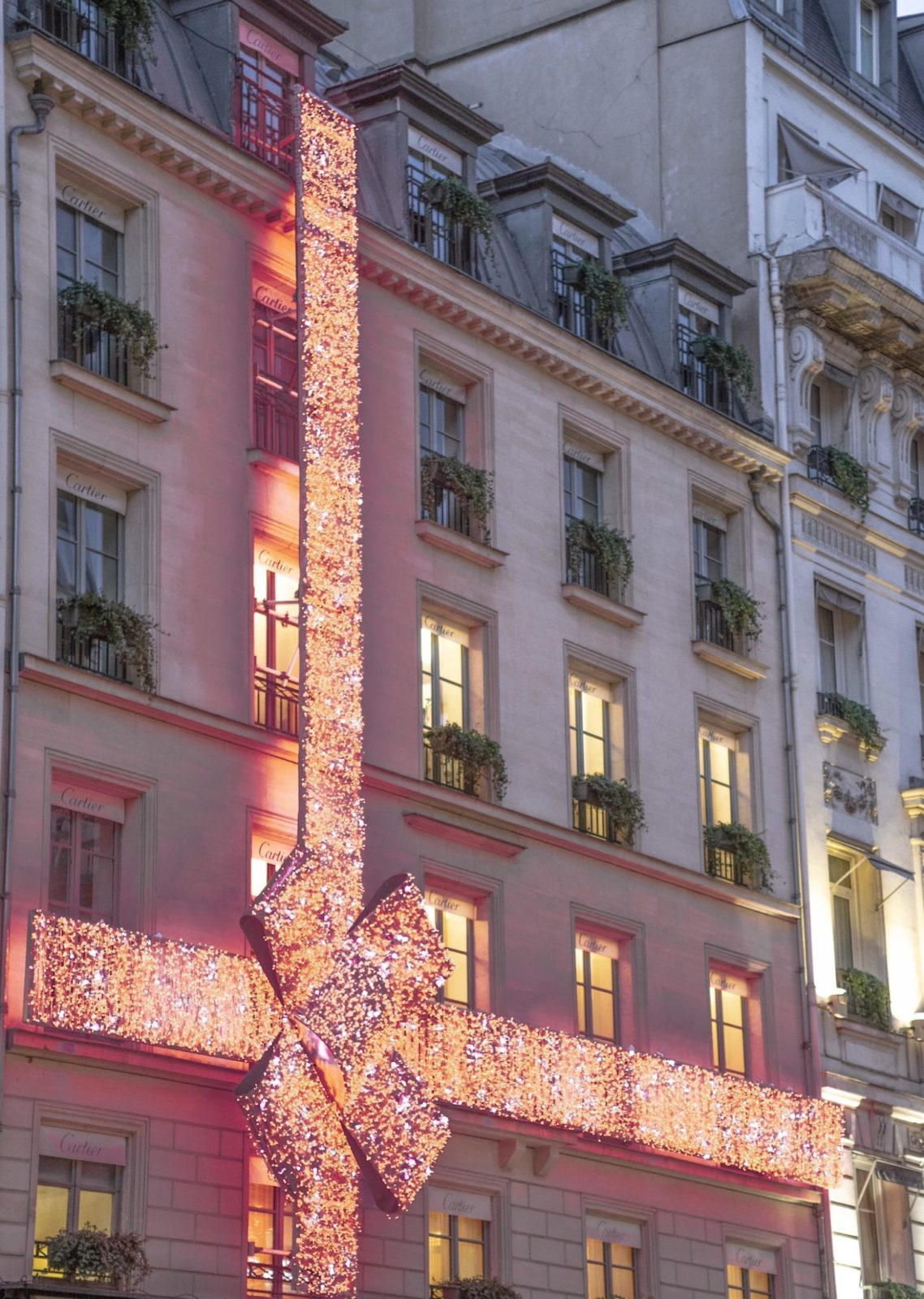 Paryż: atrakcje i najpiękniejsze miejscaw okresie Bożego Narodzenia