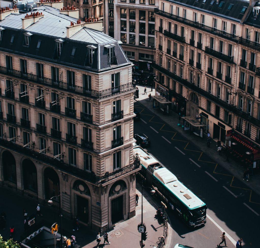 Jak i czym najlepiej poruszać się po Paryżu